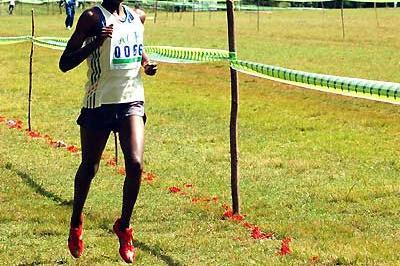 Mercy Cherono winning the 6km junior women's race in Kericho, Kenya (Omulo Okoth)