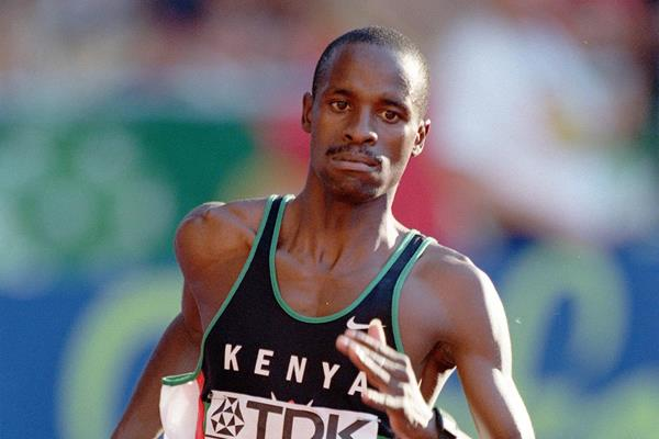 Japhet Kimutai at the 1999 IAAF World Championships (Getty Images)