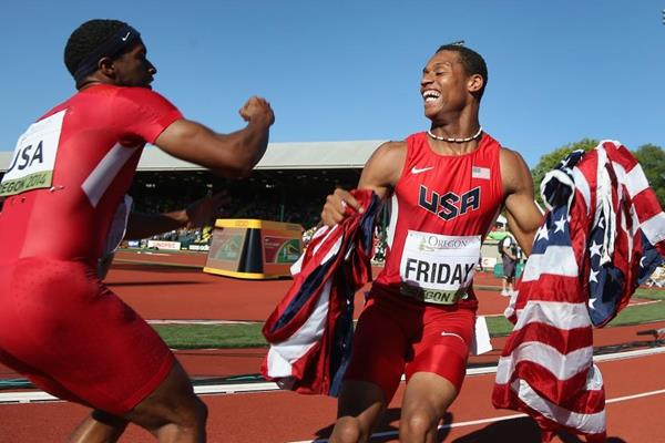 USA celebrate their 4x100m gold medal at the IAAF World Junior Championships, Oregon 2014 (Getty Images)