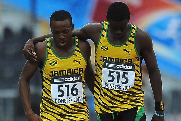Marvin Williams and Okeen Williams in the boys' 400m hurdles final at the IAAF World Youth Championships 2013 (Getty Images)
