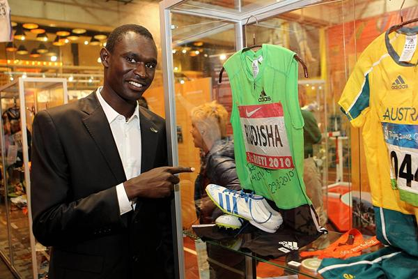 David Rudisha at the  IAAF Centenary Historic Exhibition in Barcelona (Giancarlo Colombo)