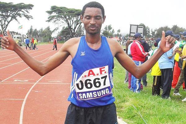 Belete Assefa after winning the 2013 Ethiopian 10,000m title (Bizuayehu Wagaw)