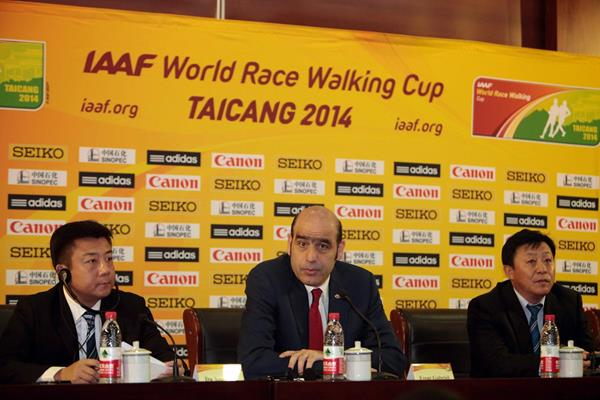 Mayor of Taicang Municipal Government Du Xiaogang, IAAF General Secretary Essar Gabriel, Vice President & General Secretary of Chinese Athletic Association Du Zhaocai at the Taicang 2014 press conference (Getty Images)