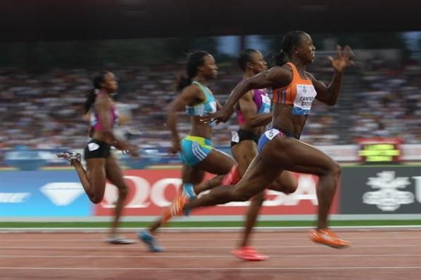 Veronica Campbell-Brown in flight in a close women's 100m in Zurich - Samsung Diamond League (Getty Images)