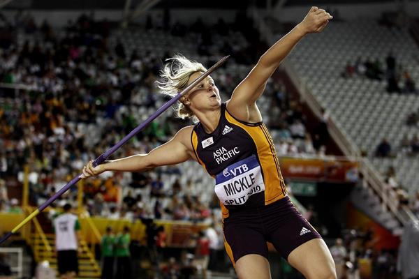 Kim Mickle in the javelin at the IAAF Continental Cup (Getty Images)