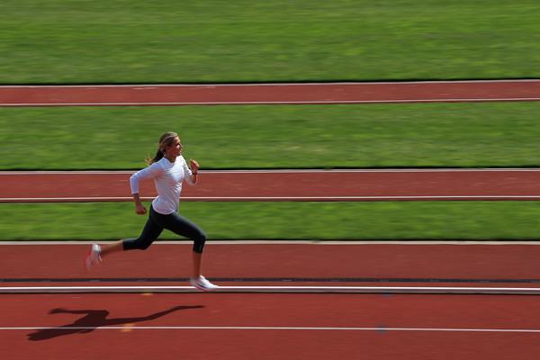 Brianne Theisen Eaton training Canada ()