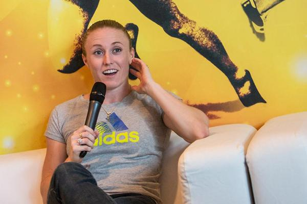 Sally Pearson meets the press in Barcelona (Philippe Fitte)