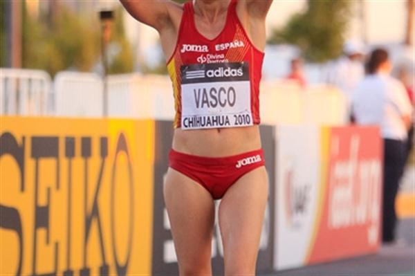 Maria Vasco of Spain celebrates winning her first World Race Walking Cup gold medal in Chihuahua (Getty Images)
