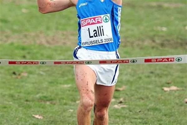 Andrea Lalli (ITA) wins the 2008 European XC U23 men's race (Mark Shearman)