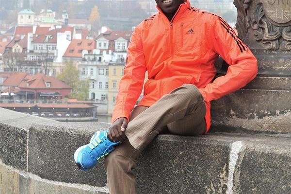 Patrick Makau relaxing in Prague (Prague 10K organisers)
