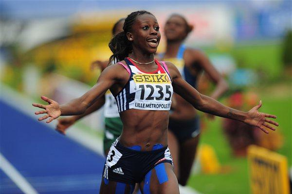 Desiree Henry of Great Britain takes girls' 200m gold in Lille (Getty Images)