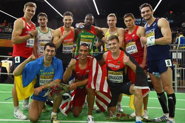 The athletes at the end of the heptathlon at the IAAF World Indoor Championships Portland 2016 (Getty Images)