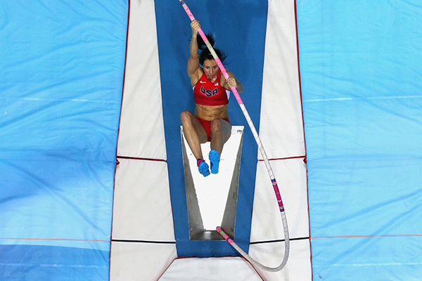 Jenn Suhr in the pole vault at the IAAF World Indoor Championships (Getty Images)