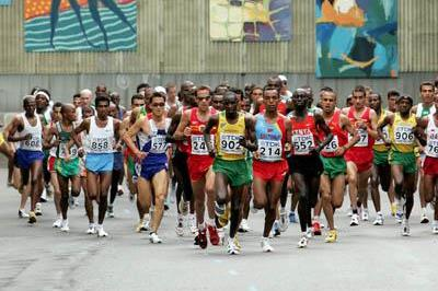 Christopher Isegwe of Tanzania leads the pack in the men's Marathon (Getty Images)