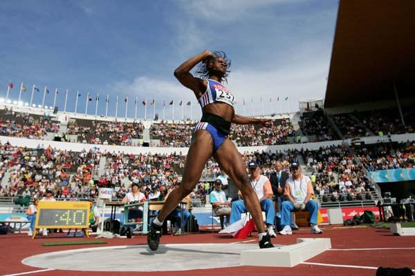 Eunice Barber of France in action in the Heptathlon's Shot Put (Getty Images)