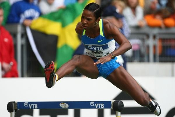 Melaine Walker takes an easy victory in the 400m hurdles (Getty Images)