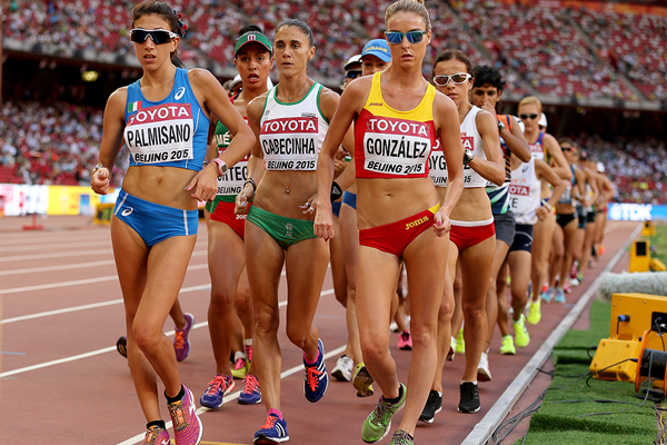 Antonella Palmisano leads the 20km race walk at the IAAF World Championships Beijing 2015 (Getty Images)