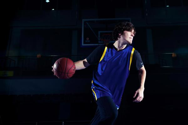 High jumper Ivan Ukhov playing basketball (SPIKES)