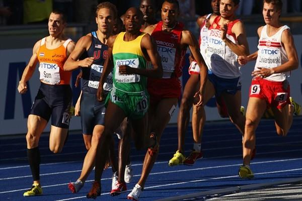 Mbulaeni Mulaudzi of South Africa on his way to winning the men's 800m World Championship title in Berlin (Getty Images)