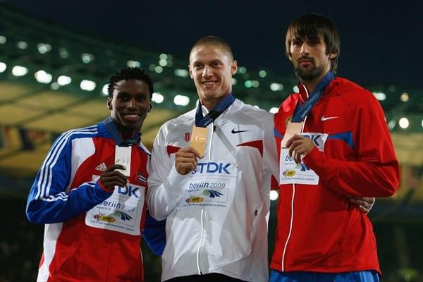 The medallists from the men's Decathlon (L-R) Cuba's Leonel Suarez (silver), USA's Trey Hardee (gold) and Russia's Aleksandr Pogorelov (bronze) (Getty Images)