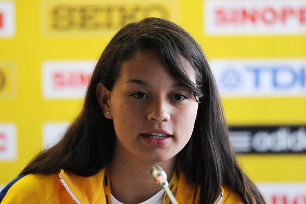 Venezuelan pole vaulter Robeilys Peinado at the 2013 World Youth Championships press conference (Getty Images)