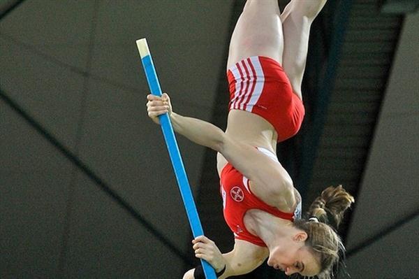 Silke Spiegelburg improves the German record to 4.76m in Karlsruhe (KMK)