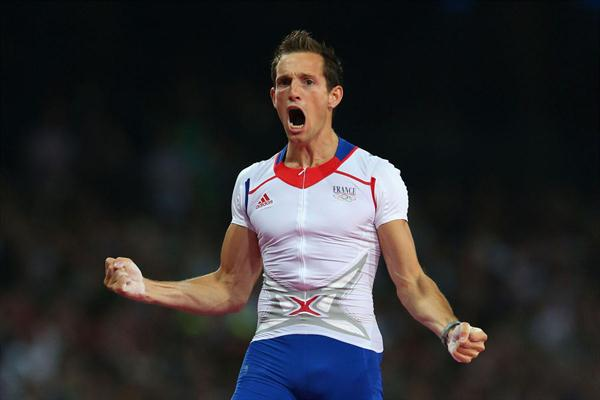 Renaud Lavillenie of France celebrates an attempt during the Men's Pole Vault Final of the London 2012 Olympic Games on August 10, 2012 (Getty Images)