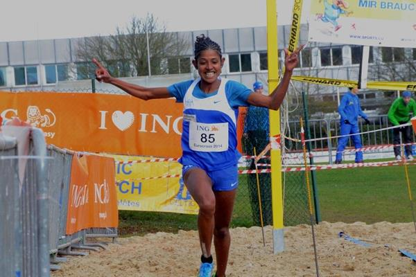Eleni Gebrehiwot winning at the 2014 ING Eurocross meeting in Diekirch  (Kohl Rosch)