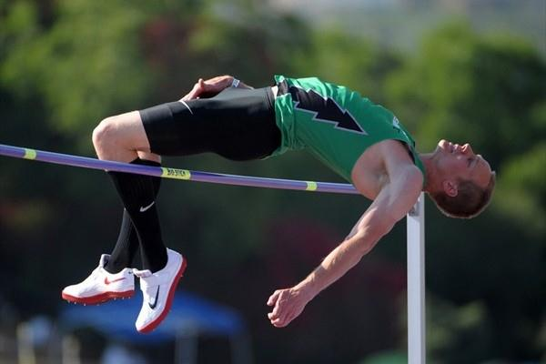 Jesse Williams scales meet record 2.34m at Mt. SAC Relays (Kirby Lee)
