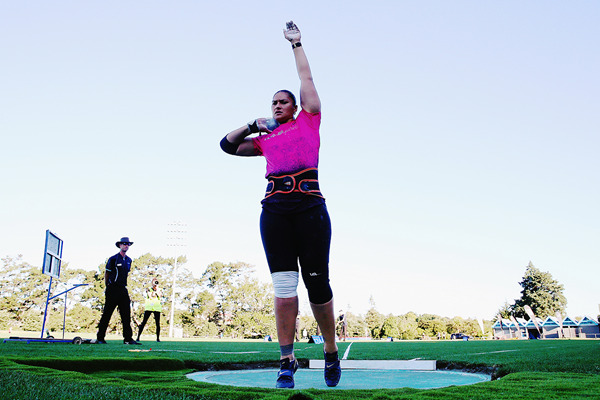 Valerie Adams in the shot put at the Auckland Track Challenge (Getty Images)