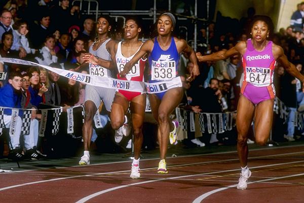 US sprinter Diane Dixon (centre) (Getty Images)