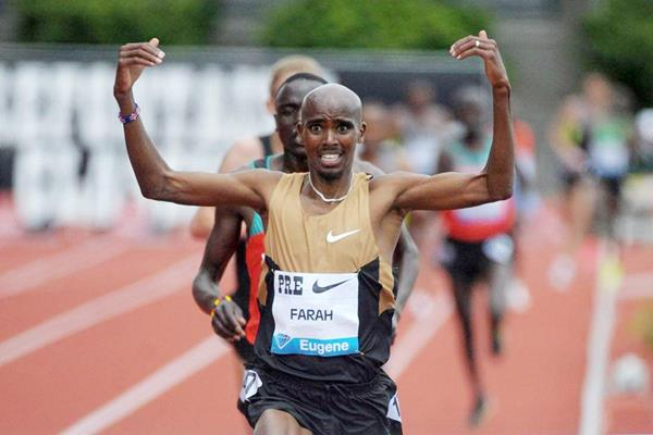 Mo Farah wins the 5000m in Eugene (Kirby Lee - Image of Sport)
