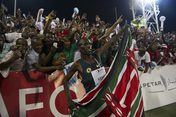 Ezekiel Kemboi after winning the 3000m steeplechase at the 2014 IAAF Diamond League meeting in Doha (Deca Text & Bild)