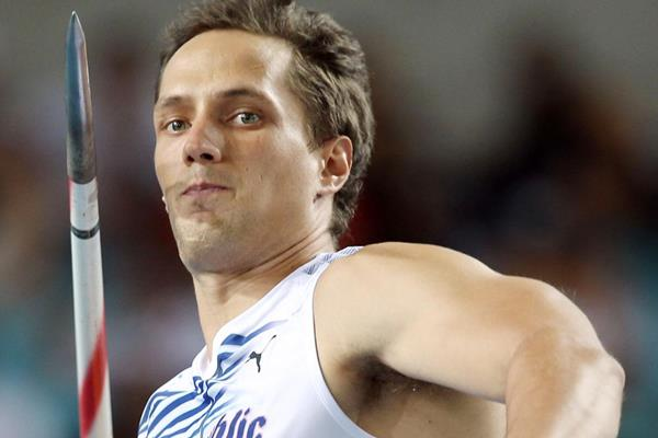 Czech javelin thrower Vitezslav Vesely at the 2011 World Championships (Getty Images)