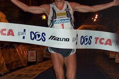 Stefano Baldini of Italy wins Arezzo road race (Alberto Zorzi)