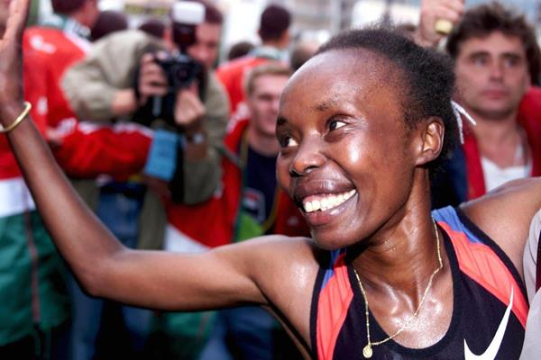 Kenyan distance runner Tegla Loroupe (Getty Images)