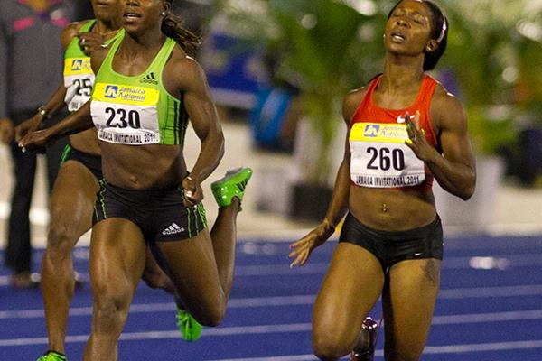 Shelly-Ann Fraser-Pryce (right) edges Veronica Campbell Brown in the Kingston 200m (Errol Anderson)