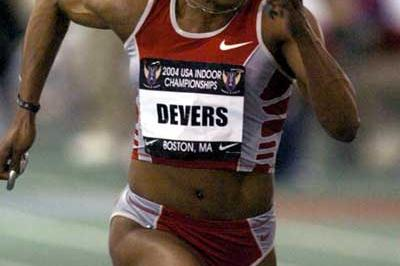 Gail Devers sprints to her 60m win at the USATF indoors (Kirby Lee)