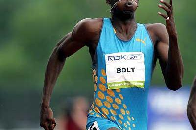 Usain Bolt wins New York 200m in 20.31 (Victah Sailer)