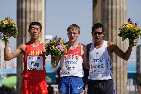 The 20km race walk medallists (L-R) Hao Wang (Silver), Valeriy Borchin (Gold) and Eder Sánchez (Bronze) (Getty Images)