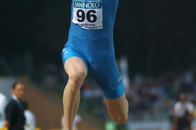 Marian Oprea of Romania wins the Triple Jump in Turin (Lorenzo Sampaolo)