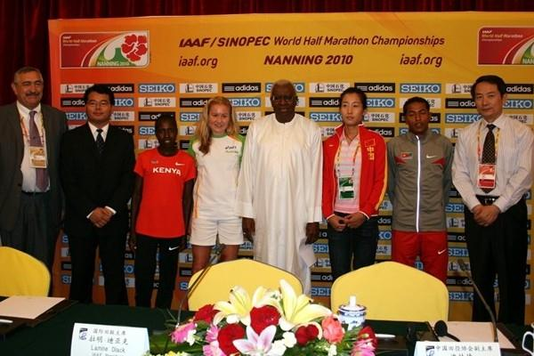 Participants at the IAAF/LOC press conference on the eve of the 2010 IAAF/SINOPEC World Half Marathon Championships in Nanning (Bob Ramsak)