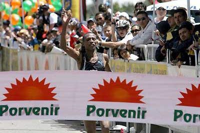 Fabiano Joseph wins in Bogata (Victah Sailer)