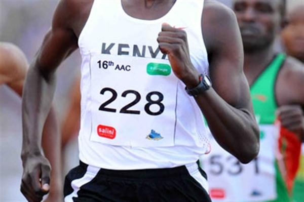 David Rudisha en route to the African 800m title (Jiro Mochizuki (Agence shot))