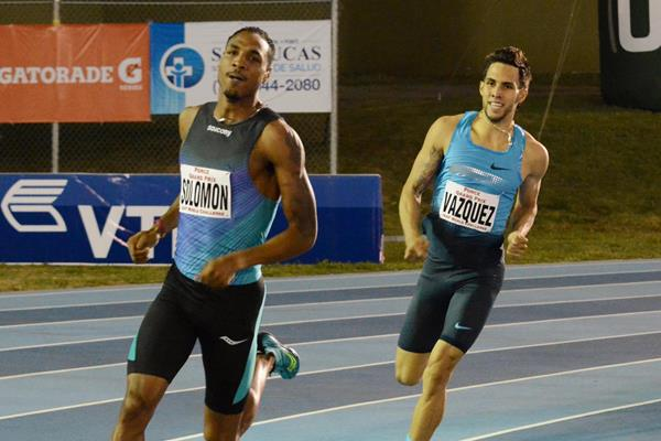 Duane Solomon winning the 800m from Wesley Vazquez at the 2014 Ponce Grand Prix (Rafael Contrras)