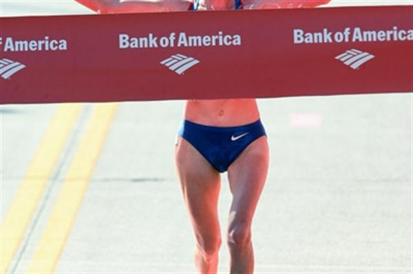 Lidiya Grigoryeva beats the heat to take the Chicago Marathon (Victah Sailer)