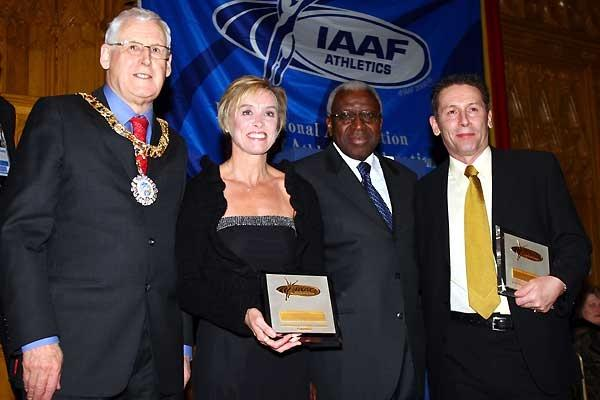 Lord Provost The Honourable George Grubb, Liz McColgan, President Diack, Ian Stewart - IAAF Dinner (Getty Images)
