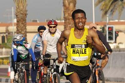 Haile Gebrselassie in action in the 2008 Dubai Marathon (c)