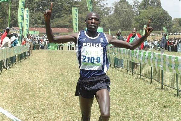Moses Mosop powers to victory at the Kenyan World champs trials in Nairobi (Elias Makori)