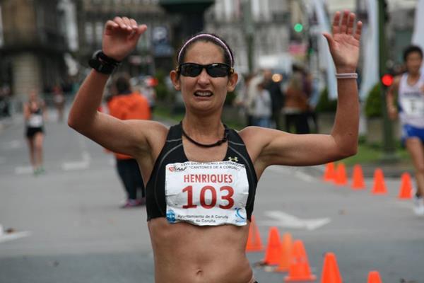 Ines Henriques winning at the 2013 IAAF Race Walking Challenge meeting in La Coruna (Luis Francisco Fiaño)